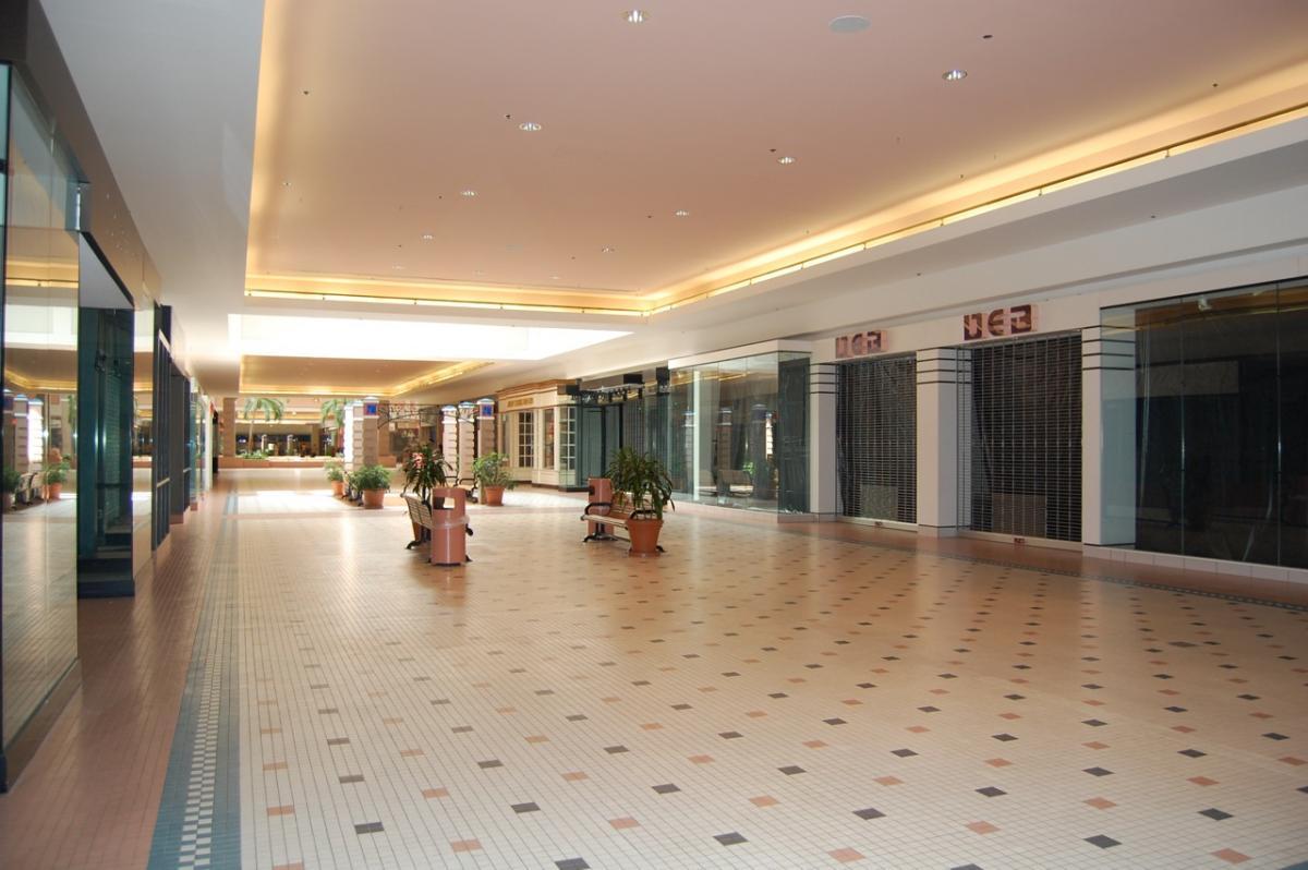 Weak Retail Spending